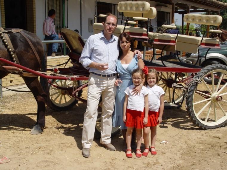 Otro zoom de Venegas y su familia.