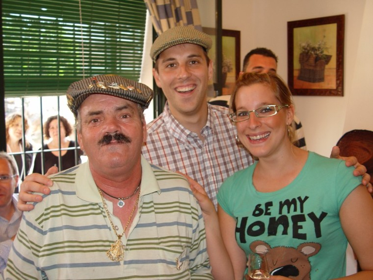 Jaime y Ana con el del bigote.